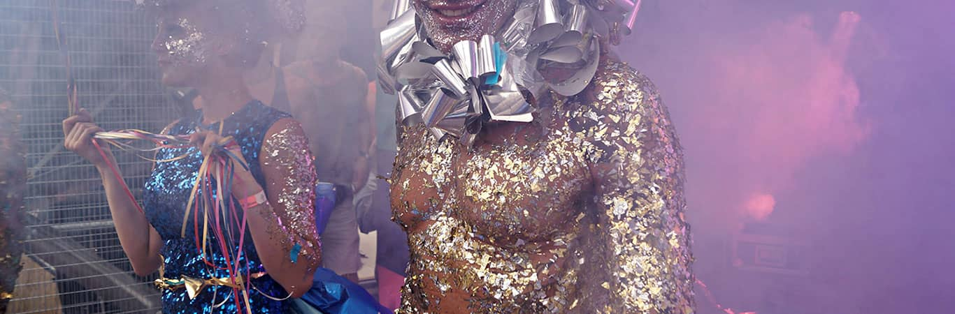 Man covered in glitter at Milkshake festival Amsterdam