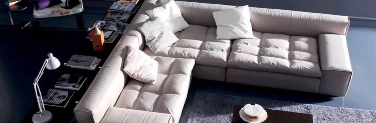 Poliform L-shaped lounge in a stylish living room